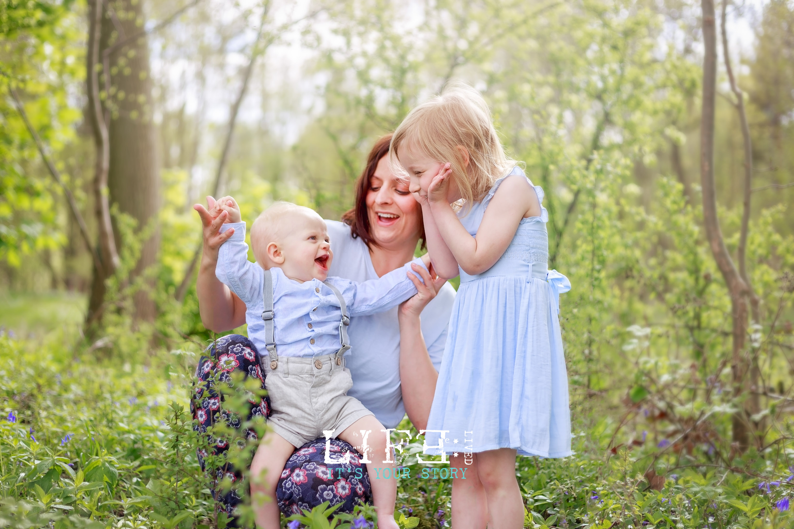 lincoln_family_photographer_bluebells-10-11