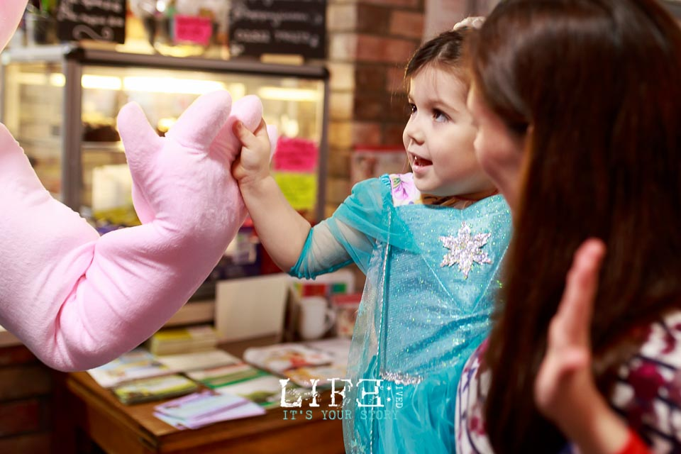 lincoln-lifestyle-child-birthday-photographer-lifelivedphotography-hollytree-21