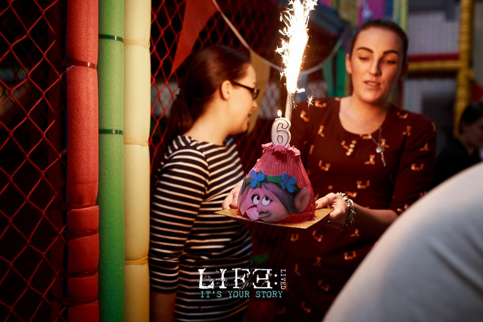 lincoln-lifestyle-child-birthday-photographer-lifelivedphotography-hollytree-33