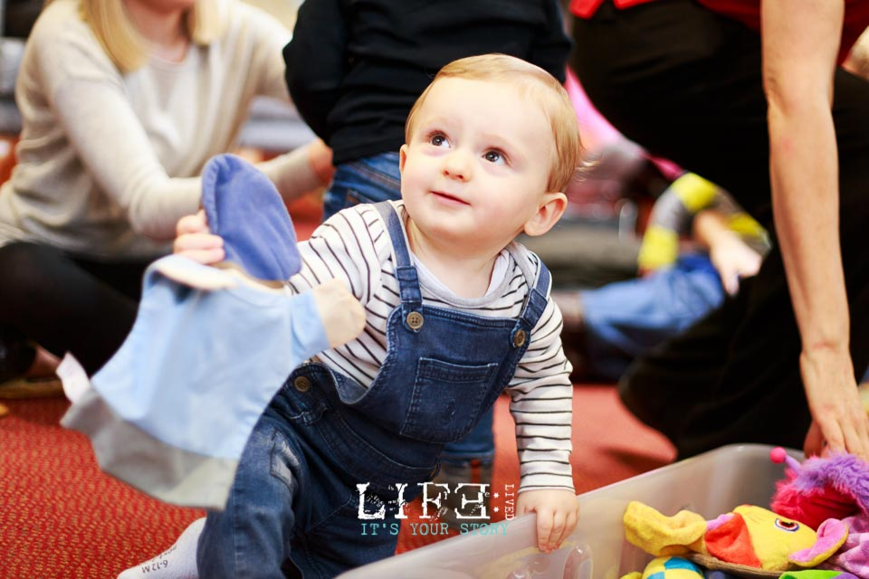 newark-lincoln-documentary-child-photographer-caterpillar-69