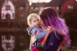 grantham-babywearing-photographer-family